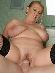 Big Titted Mama Caught Taking A Pee^mature Toilet Sluts Mature Porn Sex XXX Mature Matures Mom Moms Erotic Pics Picture Gallery Free