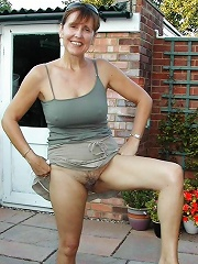 Housewife Banging Outdoor^outdoor Mature Mature Porn Sex XXX Mature Mom Free Pics Picture Gallery
