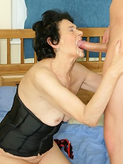 Kinky Granny Takes A Mouth Full Of Cum^maturemoney-mature.nl_pic Mature Porn Sex XXX Mom Free Pics Picture Gallery