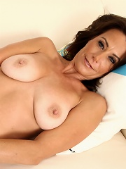 Hot Cougar Fucks Her Craving Twat With Her Fingers^anilos Mature Porn Sex XXX Mature Matures Mom Moms Erotic Pics Picture Gallery Free